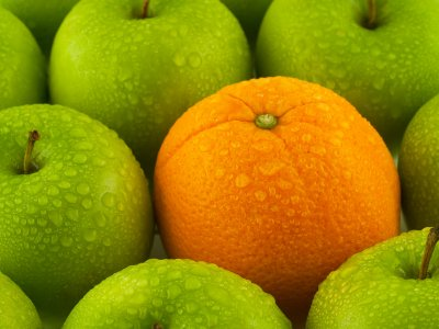 Apples, oranges, and the growth of Windows Phone 7 apps